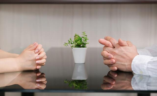 家族葬にどこまで呼ぶか決める方法