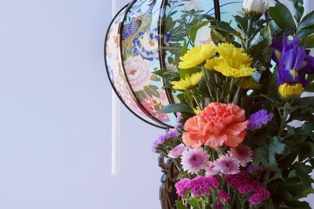 家族葬に孫から供花を贈る場合の注意点