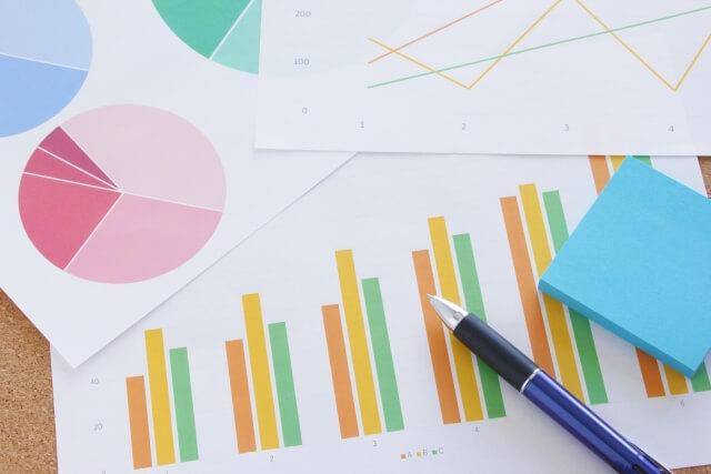 【家族葬の割合推移】調査データと統計で見た近年の葬儀の傾向を解説!
