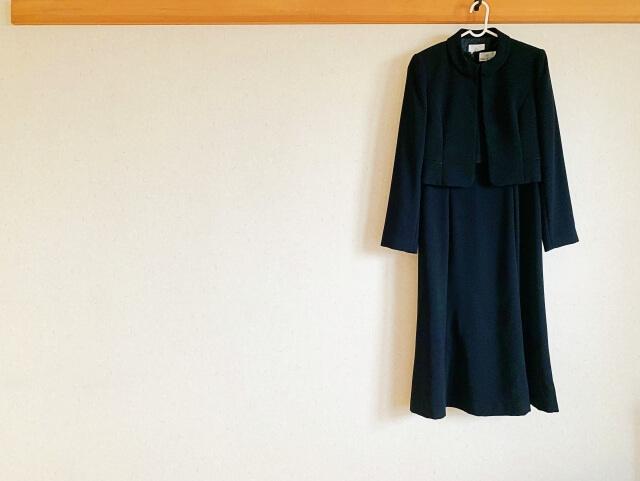 直葬(火葬式)に適した服装