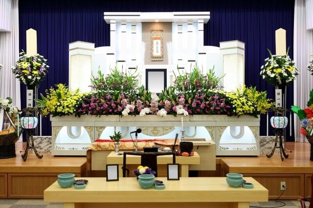 3日目:葬儀・告別式〜火葬、精進落とし